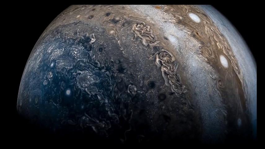 Опубликован новый снимок поверхности Юпитера