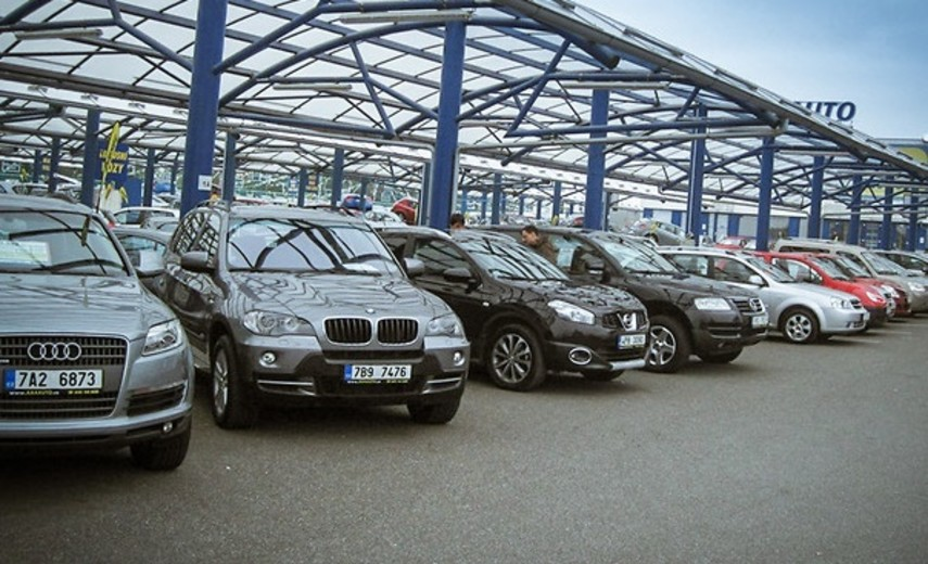 Каждый третий автомобиль в Украине на иностранных номерах завезен из Польши