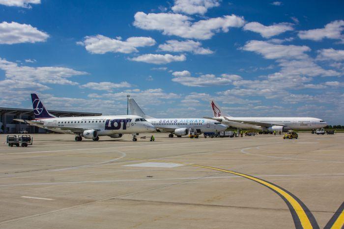Новая украинская авиакомпания применила первый широкофюзеляжный самолет (Фото)