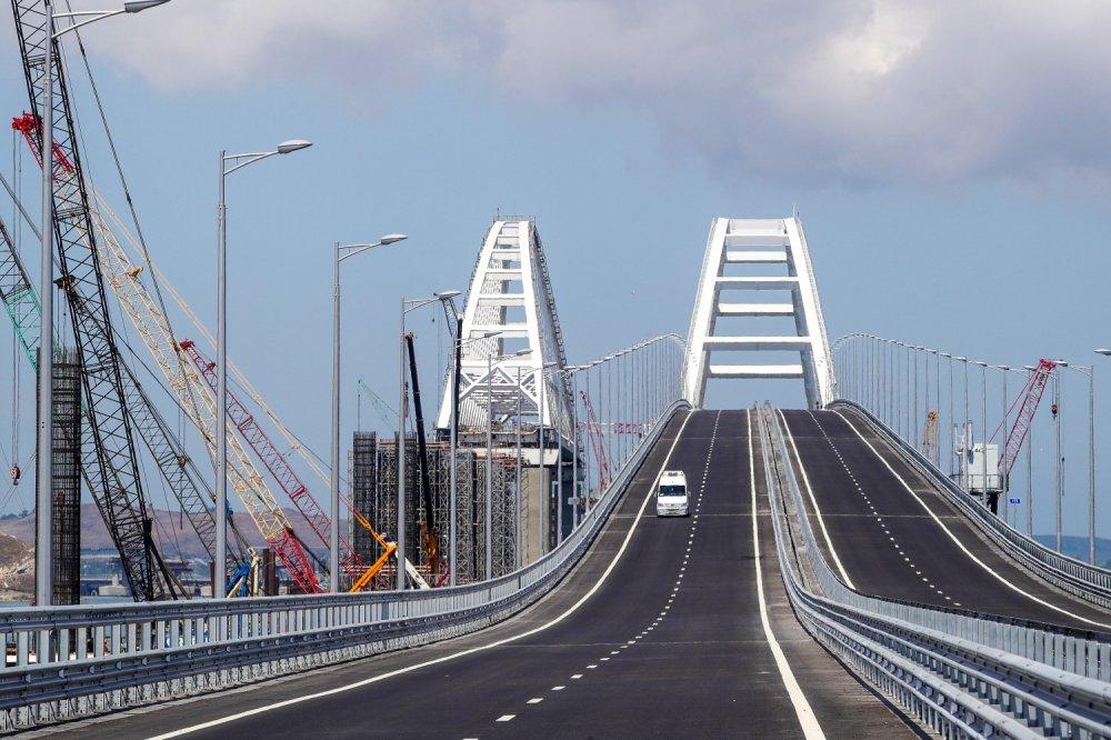 Обнародована статистика транспортного движения по Крымскому мосту