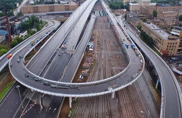 Что происходит на стройке эстакады на пересечении западной и восточной хорд Москвы