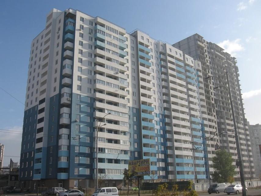 Суд в Киеве обязал застройщиков снести многоэтажный дом