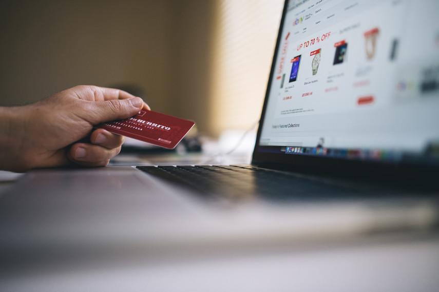 НБУ отменил регистрацию международной платежной системы