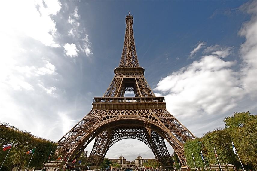 Вокруг Эйфелевой башни установят новую систему защиты