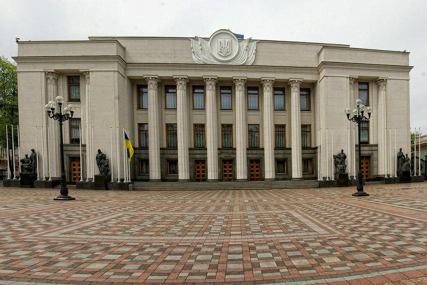 Рада разрешила взять кредит на закупку вертолетов для МВД