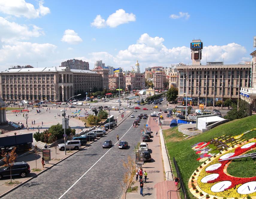 На центральной улице Киева ограничат движение транспорта
