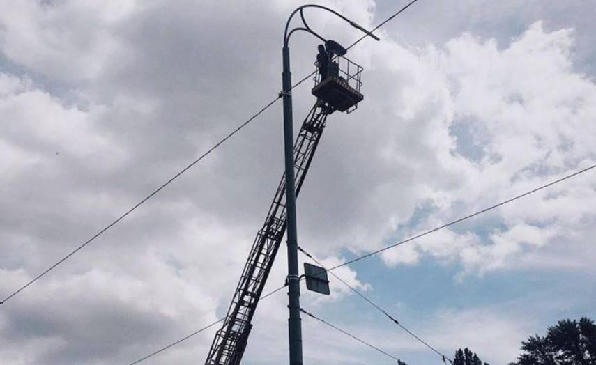 В Киеве на шести улицах города установлено LED-освещение (Адреса)