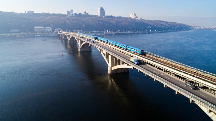 В Киеве  будет проведен капитальный ремонт моста Метро