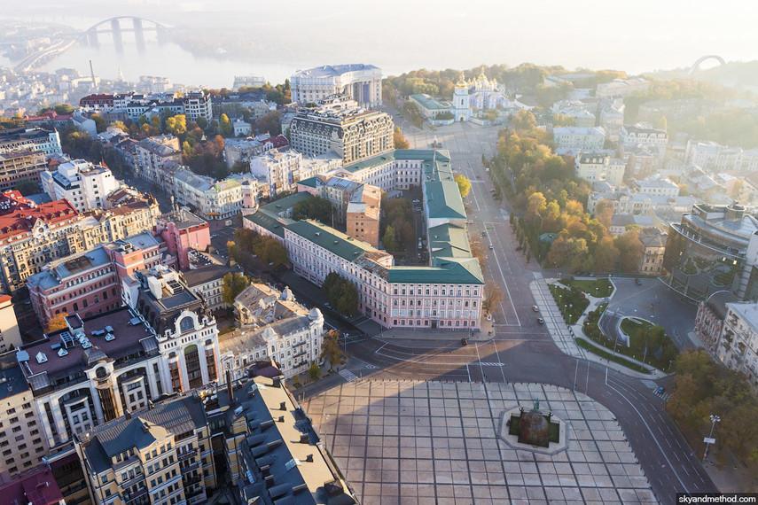 В воскресенье центр Киева перекроют для транспорта