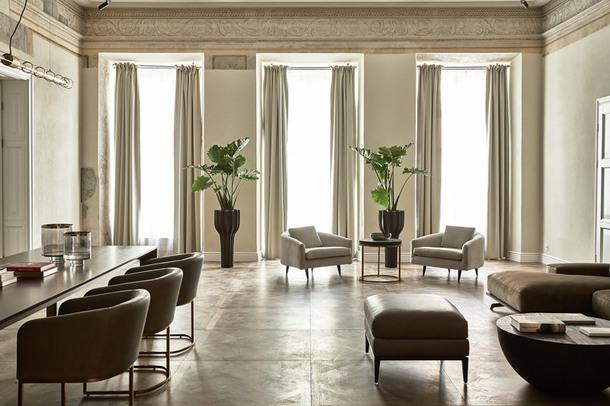 Отель в одном из самых красивых дворцов Вильнюса (Фото)