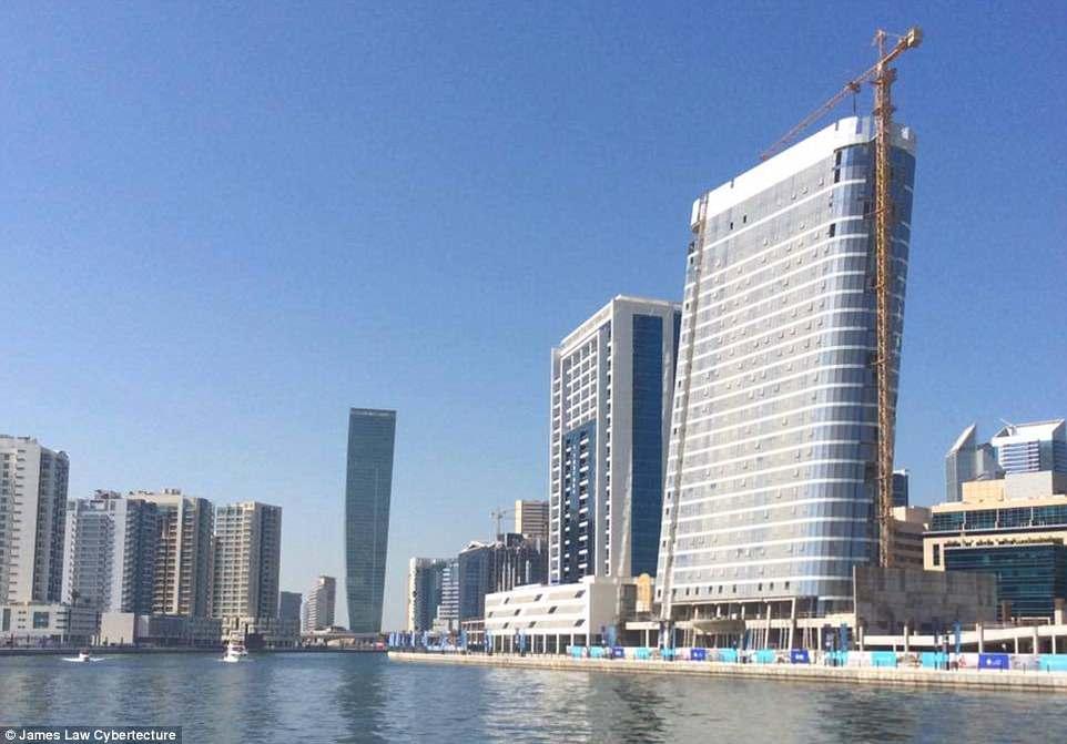 В Дубае начали строить небоскреб в виде iPod (Фото)