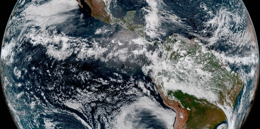 Ученые показали как выглядит земля с новейшего метеорологического спутника (Видео)