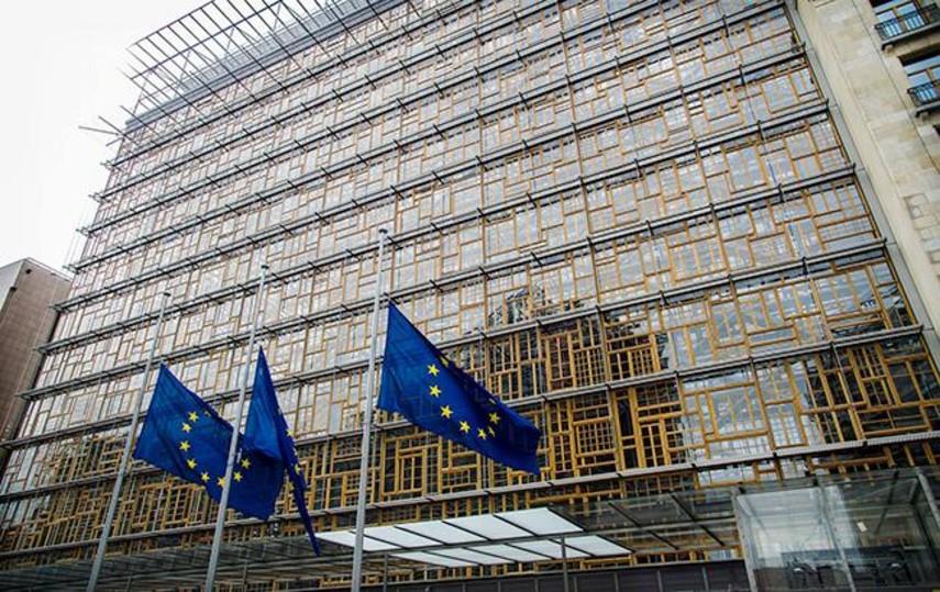 Совет ЕС продлил на год запрет на инвестиции в Крым