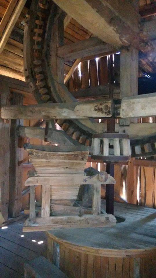 На Ривненщине окрылили старую мельницу (Фото)