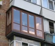 Мошенники предлагают киевлянам заменить окна и двери