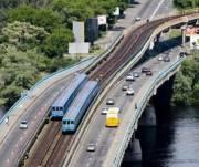Из-за начала ремонта на мосту Метро ограничат движение