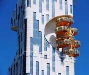 Украинцы установили единственное в мире колесо обозрения на фасаде небоскреба