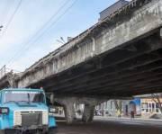 На Шулявском путепроводе начали монтаж инженерных сетей