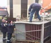 Коммунальщики похвастались работой по сносу МАФов возле Центрального вокзала