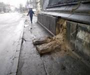 На Куреневке разрушается железнодорожный мост