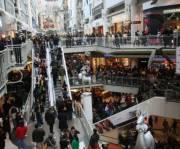 Украинцы стали тратить больше денег в торговых центрах