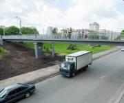 Пешеходный мост на улице Борщаговской отремонтировали