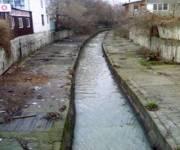 На реке Лыбидь реконструируют гидротехнические сооружения