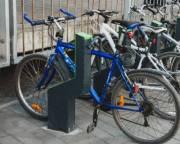 Инспекторов «Киеврекламы» пересадили на велосипеды