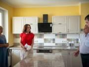Для домов семейного типа передадут несколько квартир