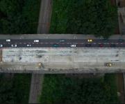 Киевлянам показали, как идет ремонт Борщаговского моста