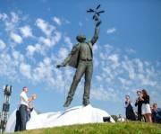 Как открывали памятник Сикорскому в Киеве