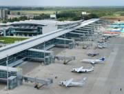 В аэропорту «Киев» начали ремонт взлетно-посадочной полосы
