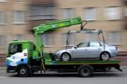 В Киеве начали эвакуировать по полтысячи автомобилей и выписали на полмиллиона гривен штрафов