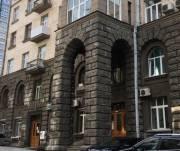 Мошенники хотели продать здание на улице Банковой