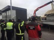 В Киеве демонтировали нелегальные автозаправочные станции