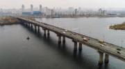 На мосту Патона внедряют новую схему движения