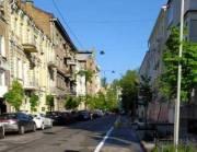В центре Киева одна из улиц стала удобной для велосипедистов