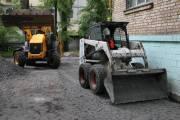 Чиновники отчитались, что ремонт дорог во дворах идет по плану
