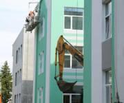 Полностью энергонезависимую школу в Соломенском районе достроят вовремя