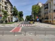 На улице Золотоворотской появилась велосипедная дорожка