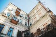 На Ярославом Валу застройщик пристроил к историческому зданию 5 этажей под землей
