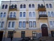 Владельцев квартир на Андреевском спуске заставят убрать антенны и вернуть аутентичный вид балконов