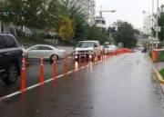 На Печерске еще одну улицу защитили от неправильно припаркованных машин