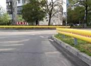 В Днепровском районе обустроили кольцевой перекресток на аварийно-опасной дороге