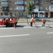 В Киеве отремонтировали километры трещин на дорогах