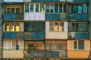 Эксперт рассказал, как «бороться» с застекленными балконами в Киеве