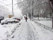 Снег вывозят за пределы Киева