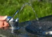 В парках и скверах в Киеве появятся питьевые фонтанчики