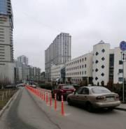 У Киевской городской клинической больницы № 12 ограничили парковку
